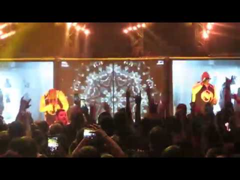 """Tech N9ne Performs """"Fragile"""" And Tears Down The Fillmore In"""